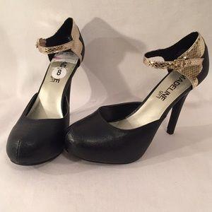 Madeline Girl Gold & Black Ankle Strap Heels 8